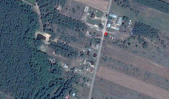 Miejsce ustawienia pojemników na odpady w miekscowości Korzeczkik-Podlesie.